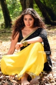 Raai Laxmi new photos from Neeya 2 movie (14)