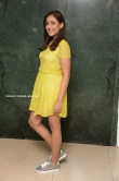 madhu shalini in yellow dress sep 2019 (3)