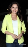 madhuri-dixit-at-dedh-ishqiya-movie-promotion-7652-ii