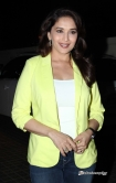 madhuri-dixit-at-dedh-ishqiya-movie-promotion-89461