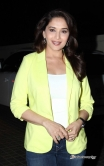 madhuri-dixit-at-dedh-ishqiya-movie-promotion9693-ii