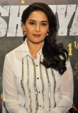 madhuri-dixit-at-dedh-ishqiya-promotion-21476