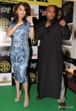 madhuri-dixit-promotes-gulaab-gang-at-golds-gym-86304