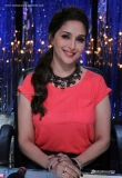 madhuri-dixit-during-the-promotion-of-bobby-jasoos-28245