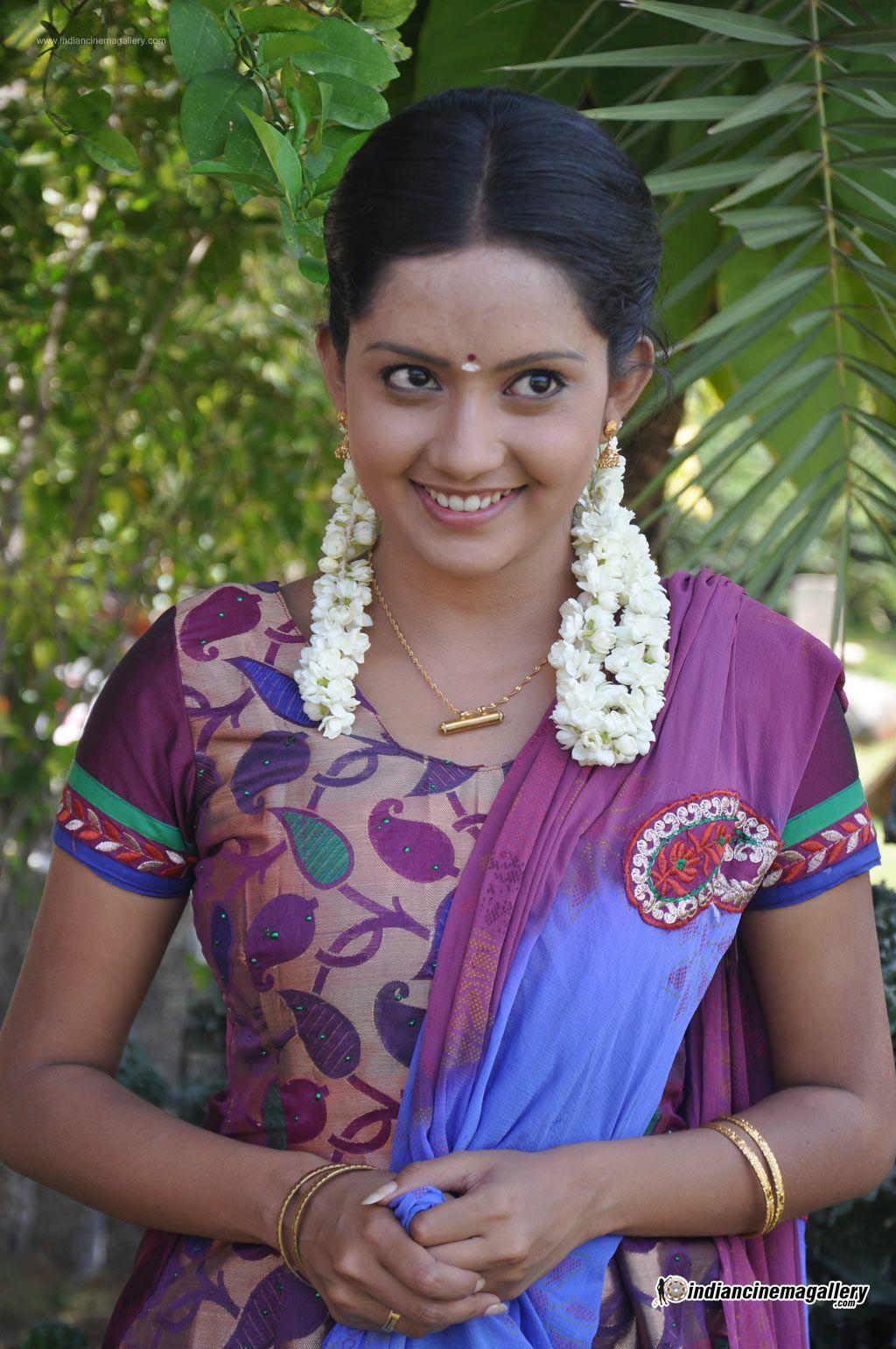 mahima-nambiar-at-agathinai-movie-press-meet-stills-105131