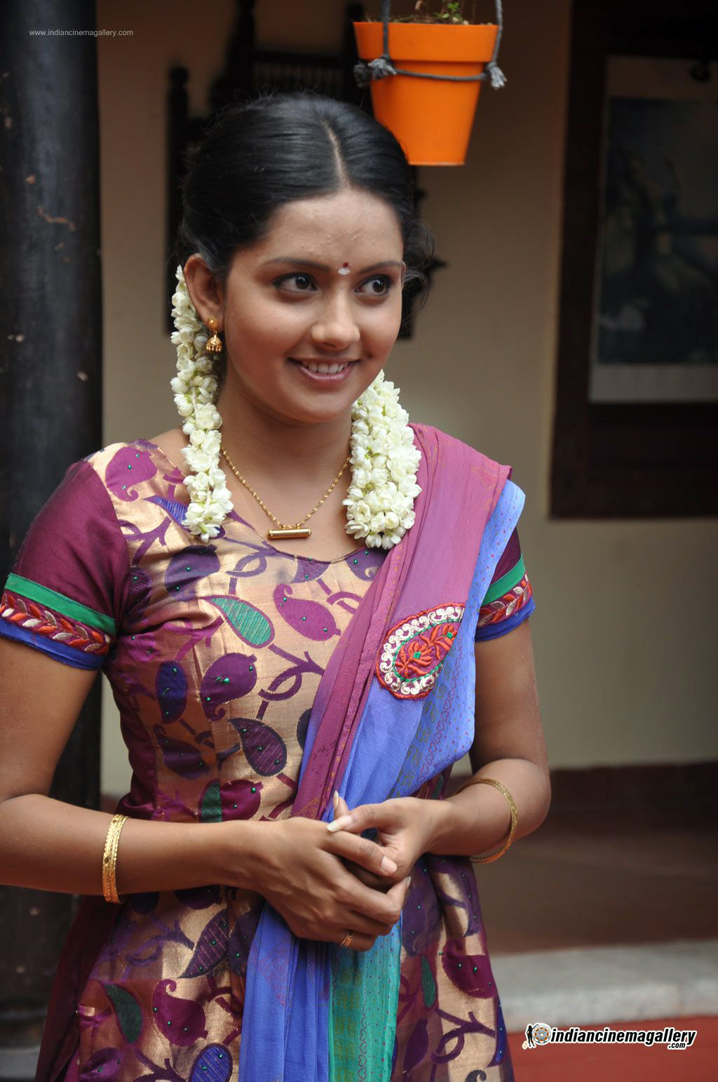mahima-nambiar-at-agathinai-movie-press-meet-stills-29893