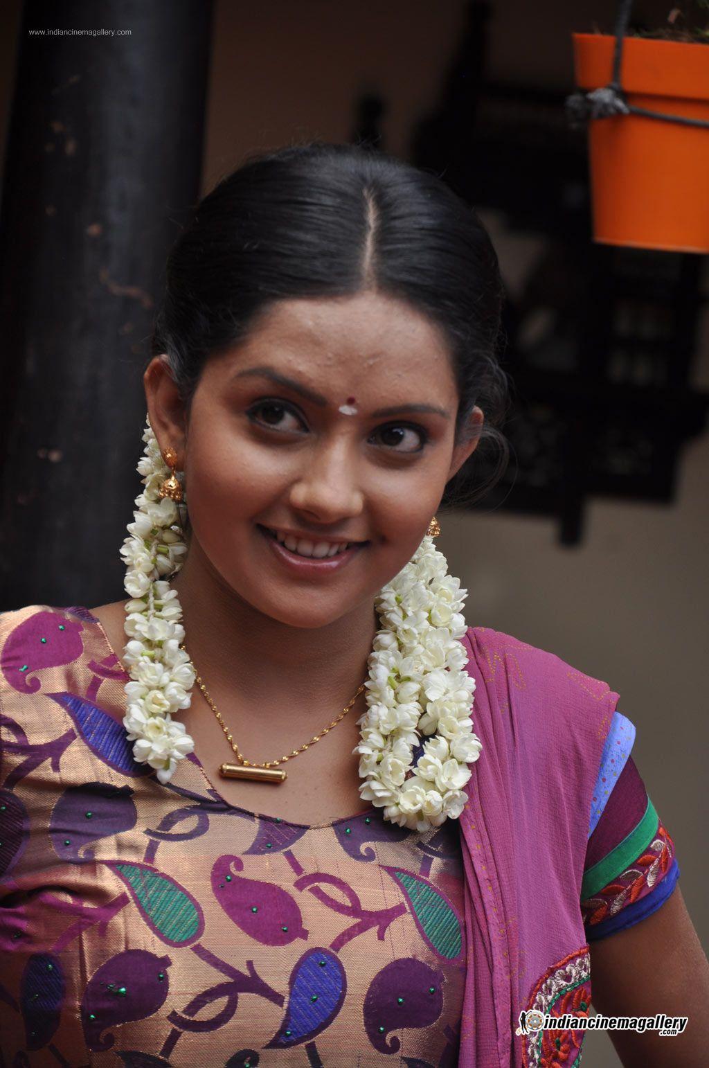 mahima-nambiar-at-agathinai-movie-press-meet-stills-55386