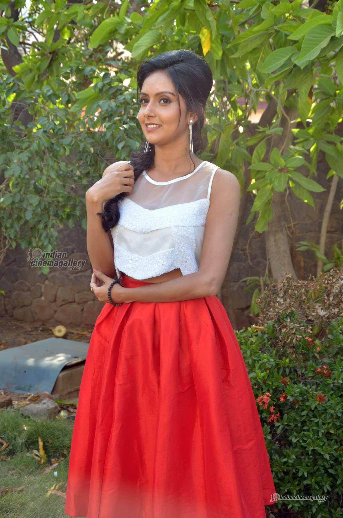 mahima-nambiar-at-kuttram-23-movie-press-meet-photos-118268
