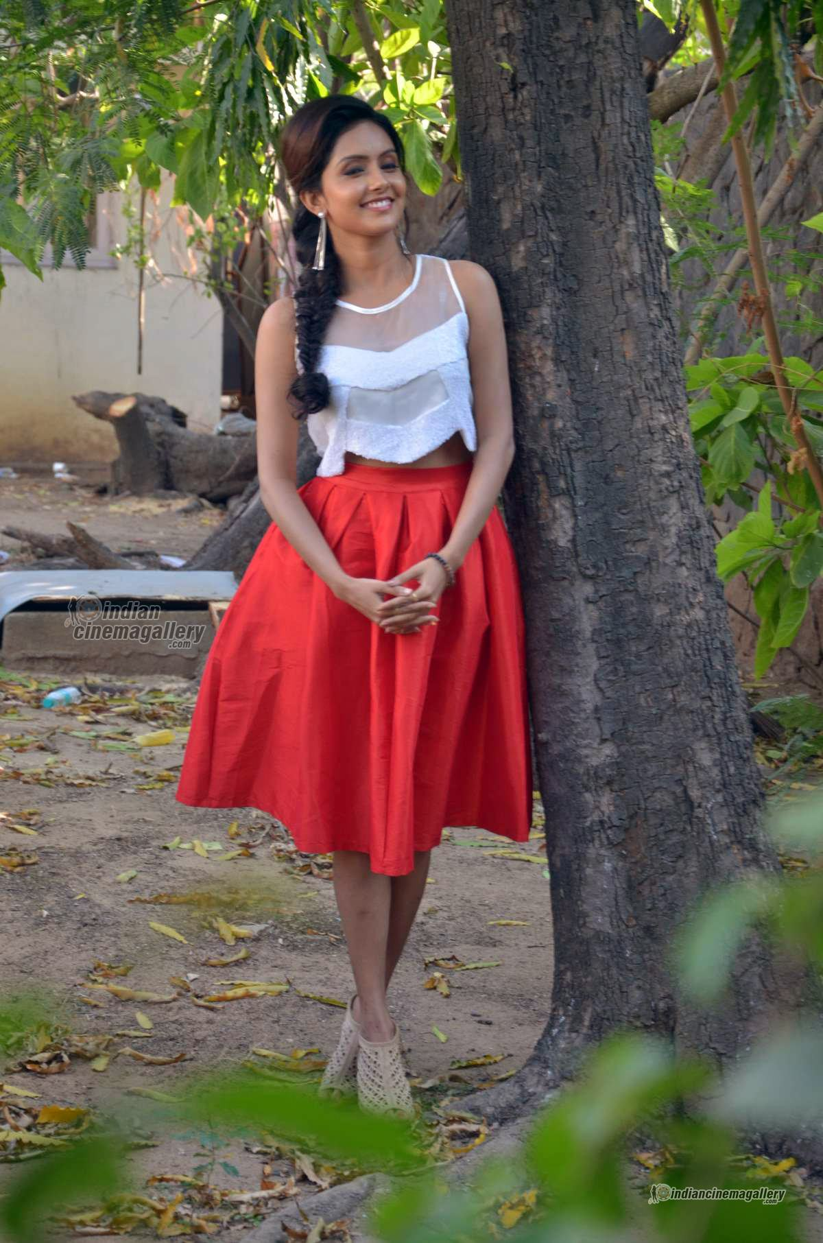 mahima-nambiar-at-kuttram-23-movie-press-meet-photos-16638
