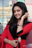 mahima-nambiar-at-ennamo-nadakuthu-audio-launch-34392