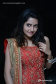 mahima-nambiar-during-mosakkutty-audio-launch-66611