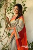 Mahima Nambiar in Iravukku Aayiram Kangal Movie (1)