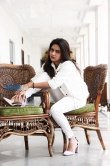 Mahima Nambiar in white dress photo shoot (22)