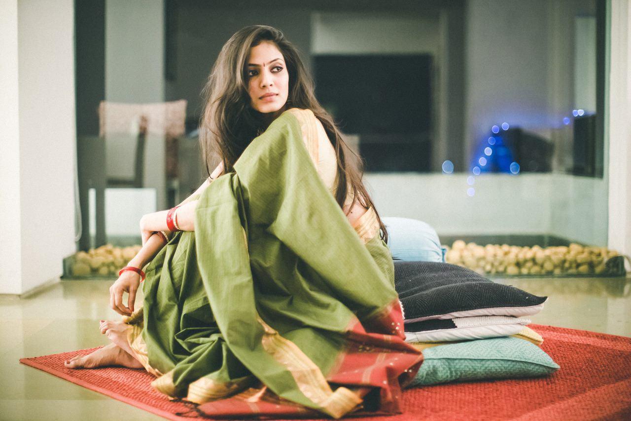 Malavika Mohanan fb stills new (22)