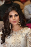 Malavika Mohanan at peta movie audio launch (11)