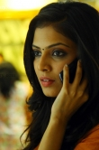 malavika-mohanan-in-nirnayakam-movie-109098