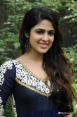 malavika-wales-at-enna-satham-intha-neram-movie-press-meet-17856