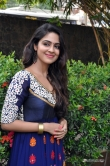 malavika-wales-at-enna-satham-intha-neram-movie-press-meet-109500