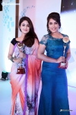 malavika-wales-at-minnalai-awards-2016-48526