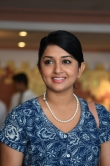 meera-jasmine-stills-at-10-kalpanakal-promo-shoot-68473