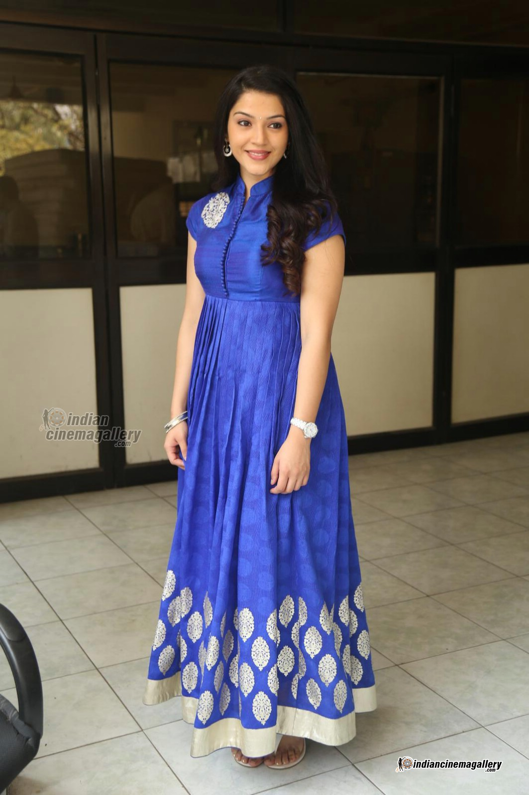 mehreen-in-blue-dress-february-2016-stills-93276