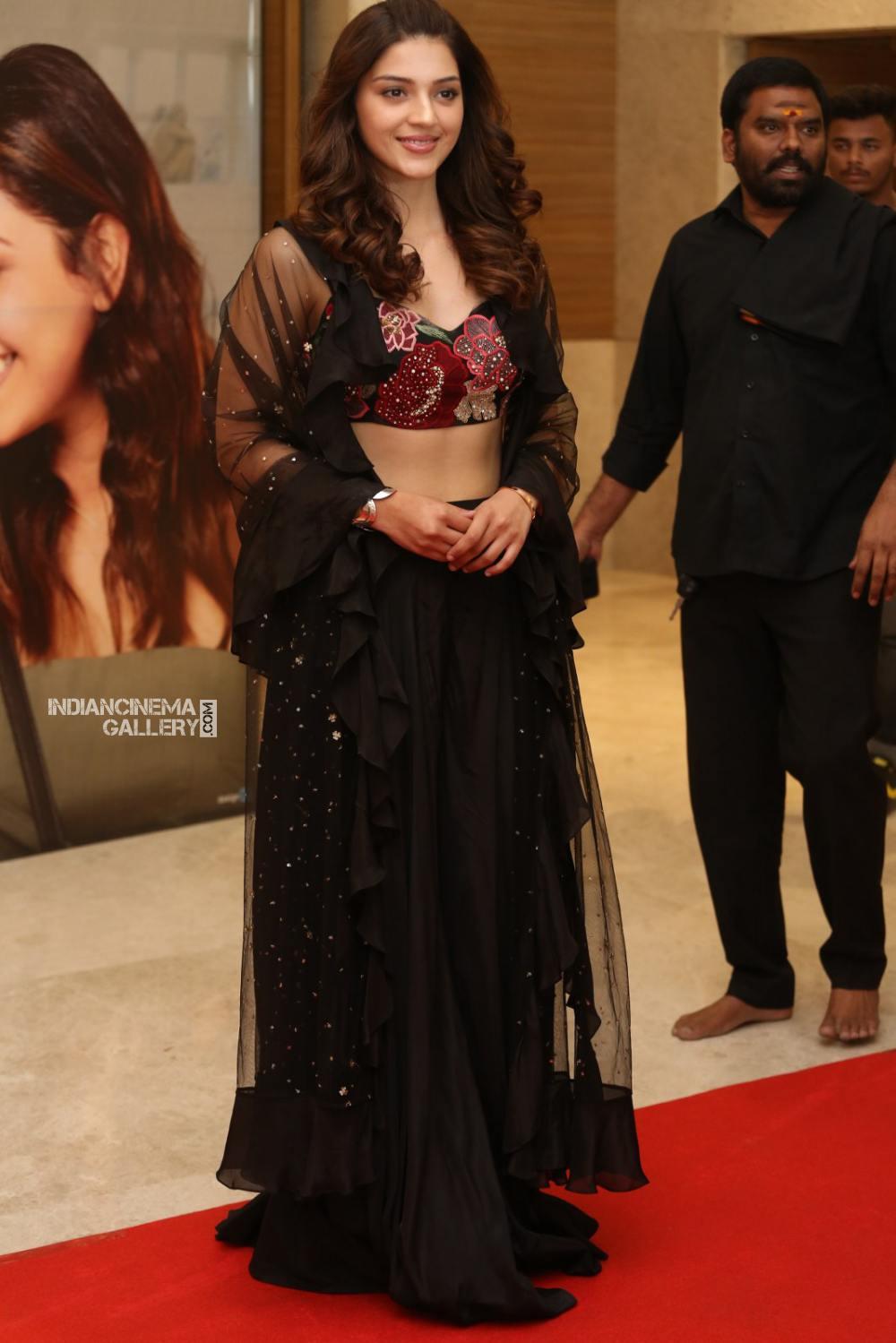 Mehrene Kaur Pirzada at kavacham movie trailer launch (13)