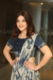Mehreen at Entha Manchivaadavuraa Press Meet (1)