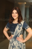 Mehreen at Entha Manchivaadavuraa Press Meet (15)