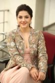 Mehrene Kaur Pirzada at Chanakya movie Trailer launch (10)