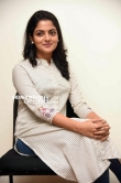 Nikhila Vimal at Meda Meeda Abbayi press meet (4)