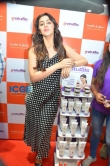Nikki Galrani at health and glow store launch (3)
