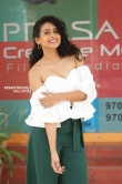 Nithya Naresh at operation goldfish teaser launch (11)