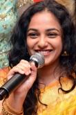 nithya-menen-at-kalamandir-25th-store-launch-112933
