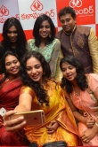 nithya-menen-at-kalamandir-25th-store-launch-135938