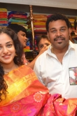 nithya-menen-at-kalamandir-25th-store-launch-48376