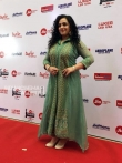 Nithya Menon at filmfare awards 2018 (4)