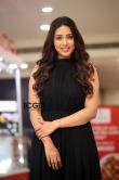 nivetha-pethuraj-in-black-dress-august-2021-11