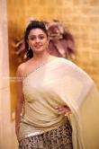 Pooja Kumar at Vishwaroopam audio launch (20)