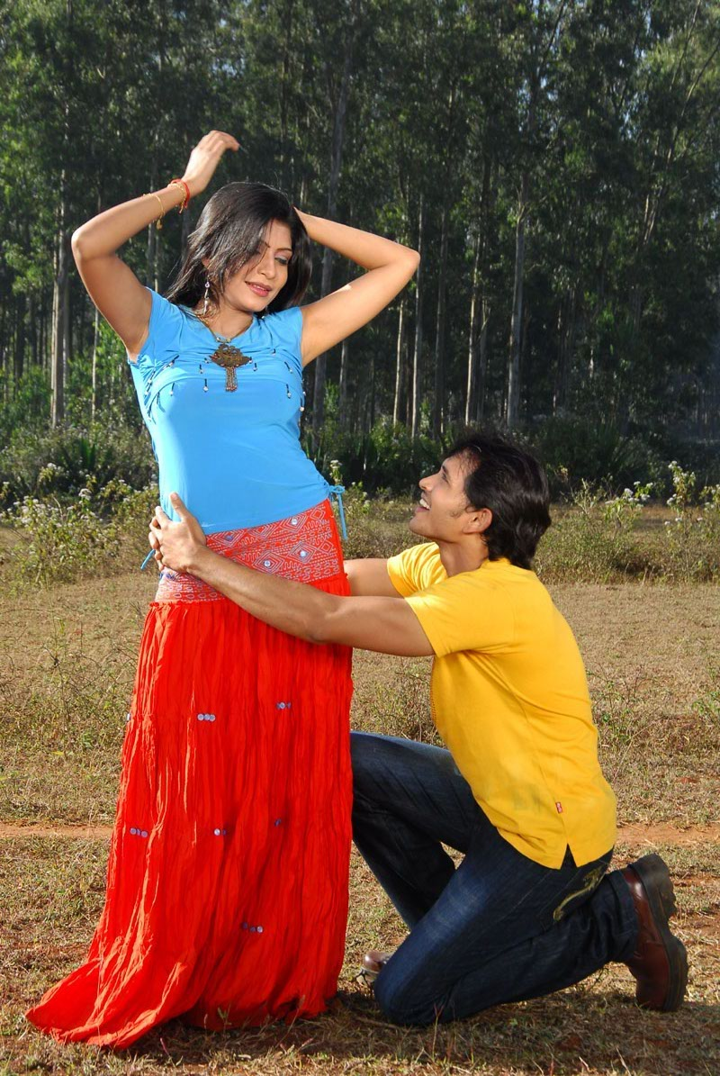 actress-pooja-roshan-photo-168292