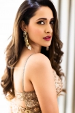Pragya Jaiswal in Saree dress (21)