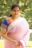 raasi-mantra-during-her-interview-stills-131865