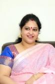 raasi-mantra-during-her-interview-stills-6499