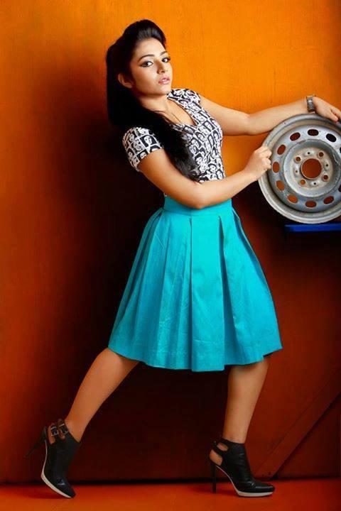 actress-rajisha-vijayan-stills-42598