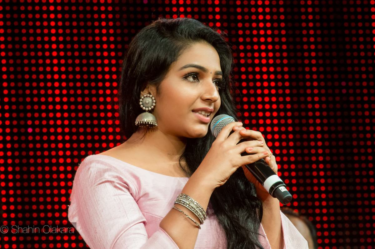 rajisha-vijayan-at-asiavision-awards-20169417