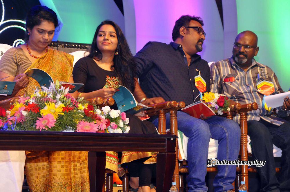rajisha-vijayan-at-kerala-state-television-awards-2016-106084