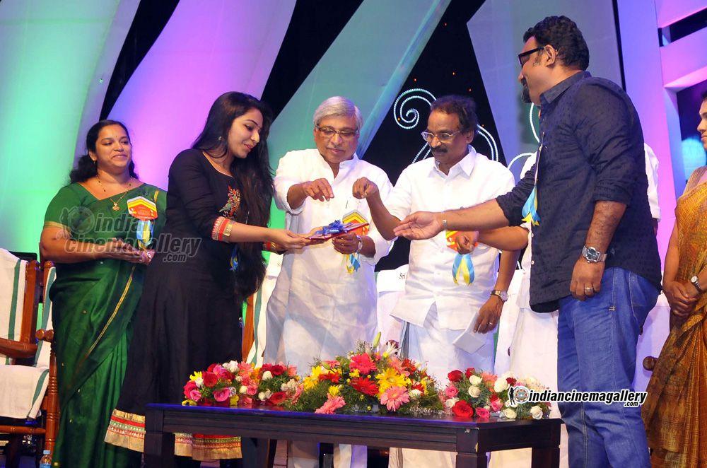 rajisha-vijayan-at-kerala-state-television-awards-2016-94770