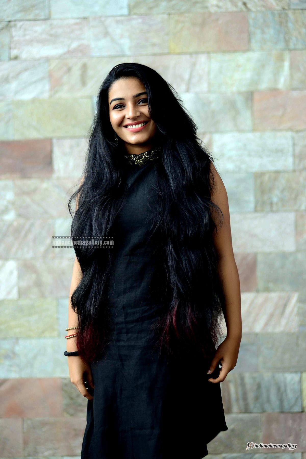 Rajisha Vijayan at Naji Mohammed Baji wedding (6)