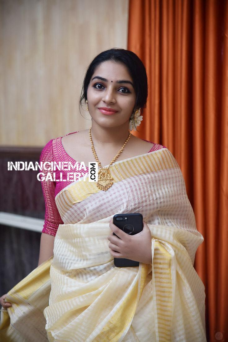 Rajisha Vijayan at Roby Varghese Wedding (6)