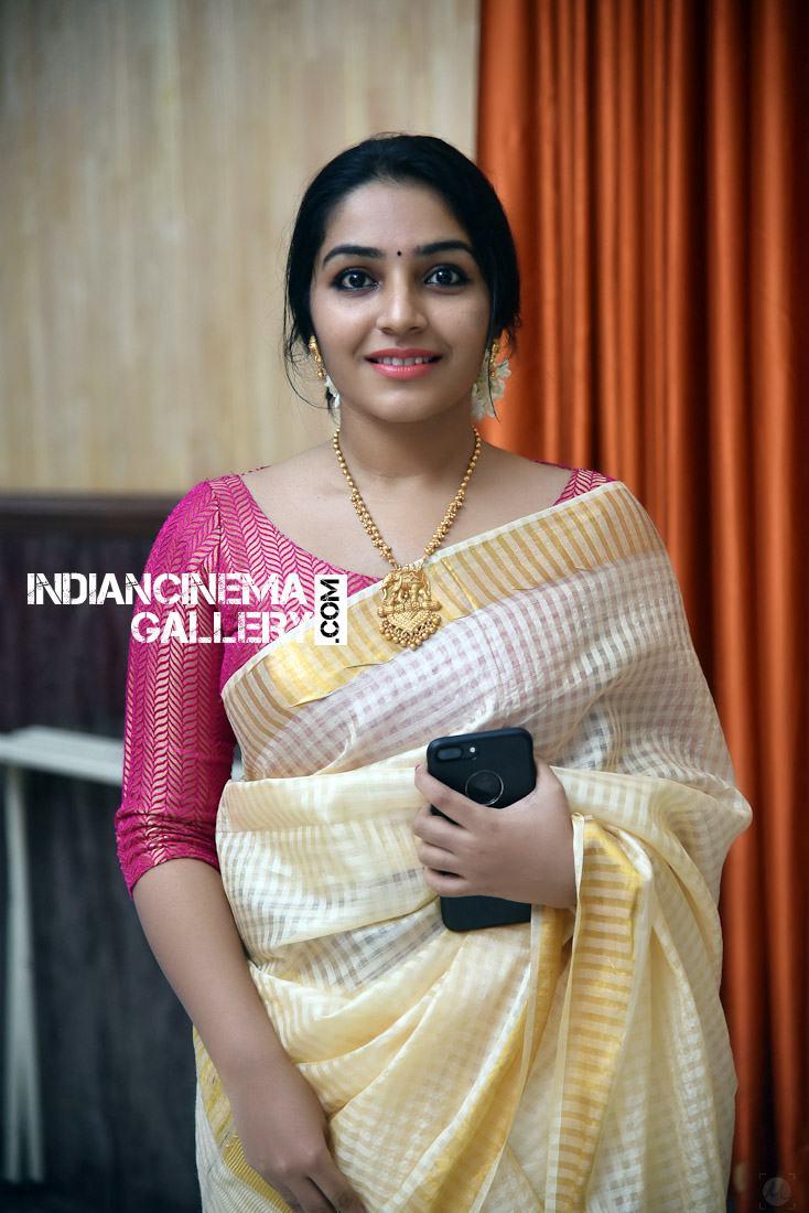 Rajisha Vijayan at Roby Varghese Wedding (7)