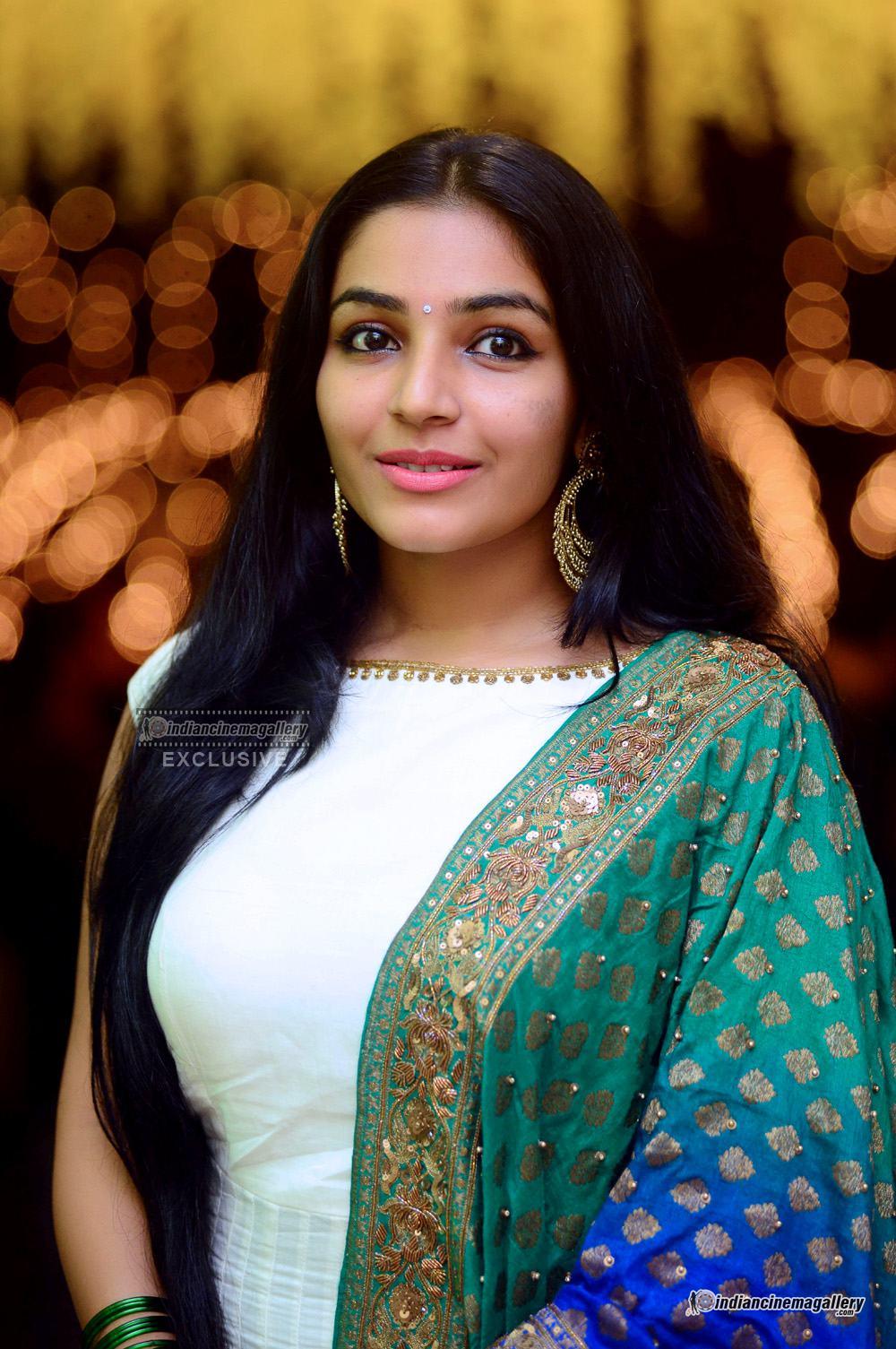 Rajisha Vijayan at VK Prakash Daughter Reception (18)